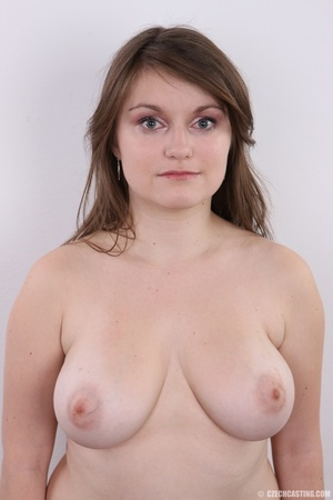 Chubby brunette with big tits shows her  - XXX Dessert - Picture 11