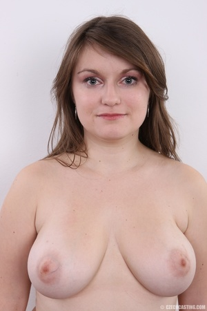 Chubby brunette with big tits shows her  - XXX Dessert - Picture 12