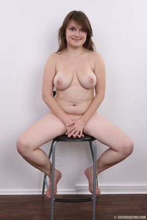 Chubby brunette with big tits shows her  - XXX Dessert - Picture 20