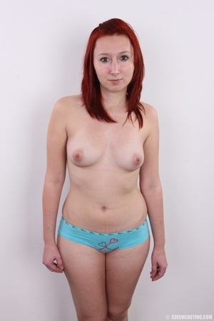 Young redhead looking extra inviting nud - XXX Dessert - Picture 10