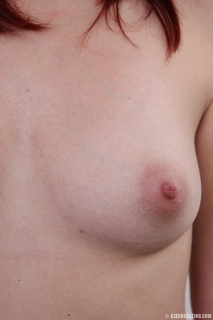 Young redhead looking extra inviting nud - XXX Dessert - Picture 13