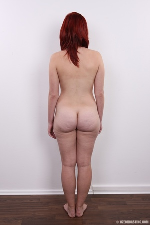 Young redhead looking extra inviting nud - XXX Dessert - Picture 16