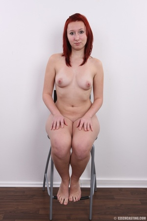 Young redhead looking extra inviting nud - XXX Dessert - Picture 18