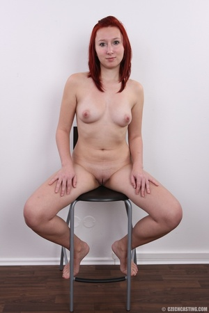 Young redhead looking extra inviting nud - XXX Dessert - Picture 19