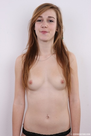 Young chick feeling slutty shows sweet f - XXX Dessert - Picture 9
