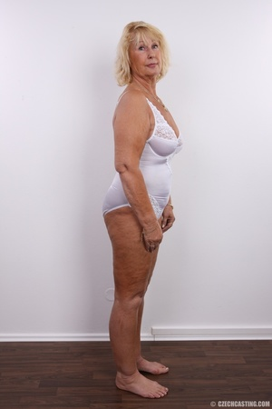 Matured chubby blonde still looking hot  - Picture 8