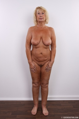 Matured chubby blonde still looking hot  - Picture 10