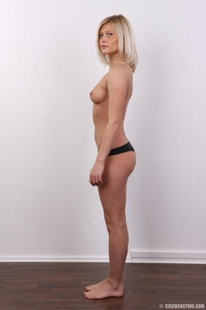 Tall and seductive blonde with firm tits - XXX Dessert - Picture 8