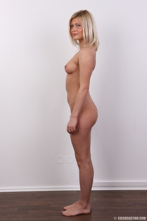 Tall and seductive blonde with firm tits - XXX Dessert - Picture 15
