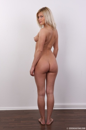 Tall and seductive blonde with firm tits - XXX Dessert - Picture 18