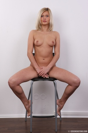 Tall and seductive blonde with firm tits - XXX Dessert - Picture 20