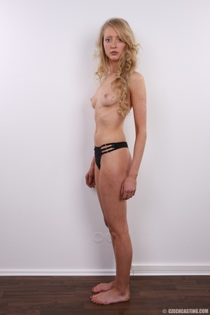 Barbie look alike blonde shows sexy shap - XXX Dessert - Picture 15