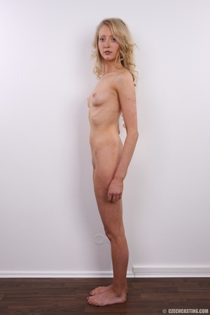Barbie look alike blonde shows sexy shap - XXX Dessert - Picture 23