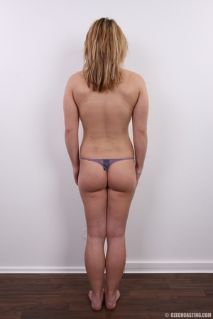 Sexy golden blonde with cool looks and s - XXX Dessert - Picture 9