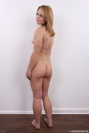 Sexy golden blonde with cool looks and s - XXX Dessert - Picture 17