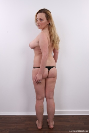 Young and pretty gold blonde with hot bi - XXX Dessert - Picture 15