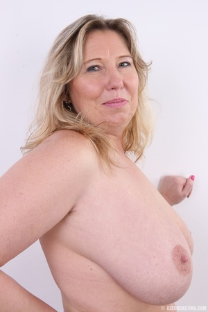 Horny and slutty blonde mama with super  - XXX Dessert - Picture 13