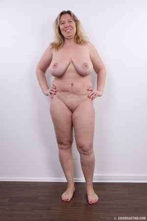 Horny and slutty blonde mama with super  - XXX Dessert - Picture 15