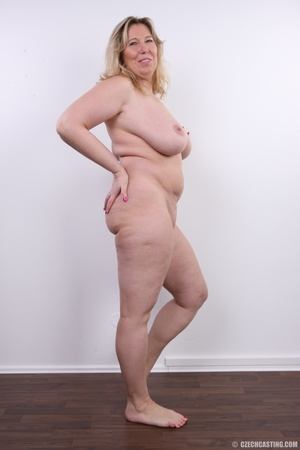 Horny and slutty blonde mama with super  - XXX Dessert - Picture 16