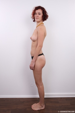 Young and beautiful redhead with sexy sm - XXX Dessert - Picture 8