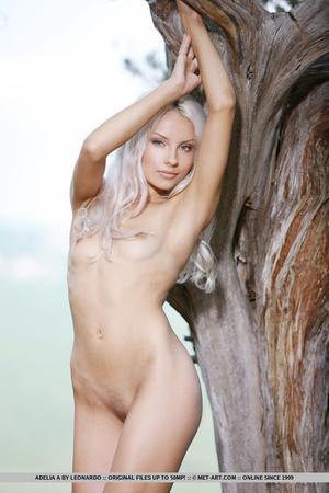 Vanilla flavor blonde with hot legs, att - XXX Dessert - Picture 11