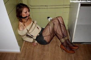 Slutty girlfriend is cleave gagged and f - XXX Dessert - Picture 7