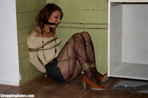 Slutty girlfriend is cleave gagged and f - XXX Dessert - Picture 10