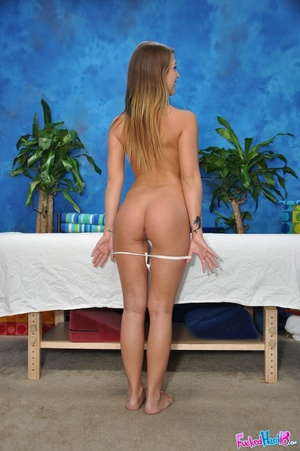 Sportie girl gets massaged more than she - XXX Dessert - Picture 5