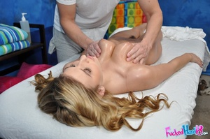 Dirty blonde loves showing off her pink  - XXX Dessert - Picture 8