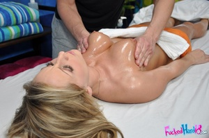 Massage makes tiny blonde chick hungry f - XXX Dessert - Picture 8