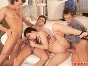 Sexy retro sweetie penetrated by three g - XXX Dessert - Picture 13
