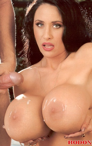 Horny retro chick with gigantic breasts  - XXX Dessert - Picture 14