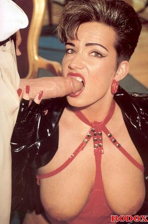Horny retro sweetheart screwing her horn - XXX Dessert - Picture 5