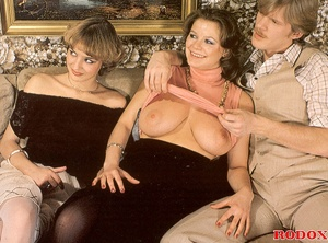 Two retro chaps fucking two horny girls  - XXX Dessert - Picture 4