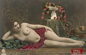 Beautiful vintage naked sweeties posing  - XXX Dessert - Picture 4