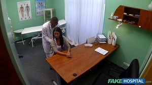 Brunette chick gives head to a doctor be - XXX Dessert - Picture 3