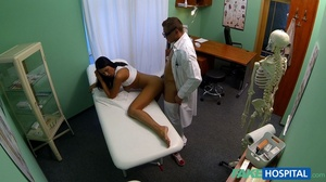 Brunette chick gives head to a doctor be - XXX Dessert - Picture 15