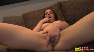 Foxy brunette with gorgoeusly formed ass - XXX Dessert - Picture 5