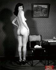 beautiful vintage sweetheart bottoms