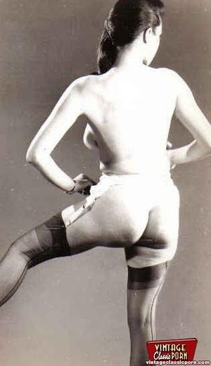 Very hot vintage girls wearing stockings - XXX Dessert - Picture 11