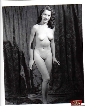 Vintage chicks with hairy pussies posing - XXX Dessert - Picture 10