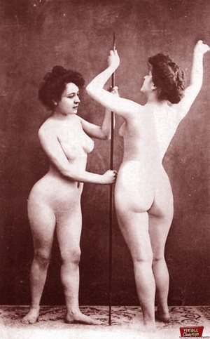 Very horny vintage naked french postcard - XXX Dessert - Picture 5