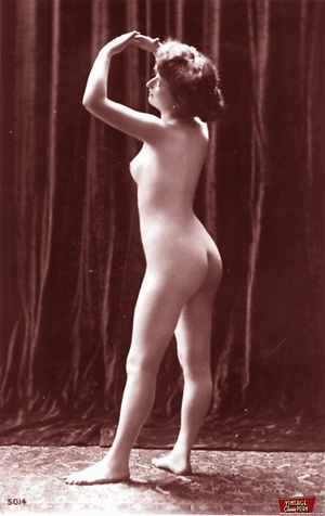 Very horny vintage naked french postcard - XXX Dessert - Picture 12