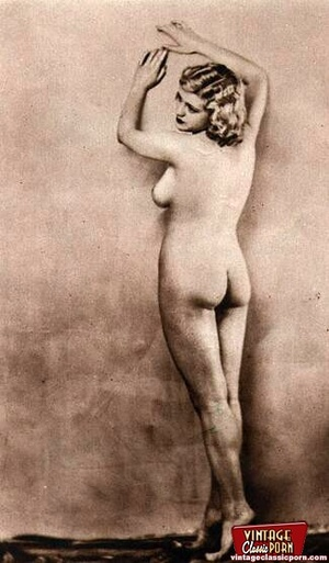 Pretty vintage naked models posing nude  - XXX Dessert - Picture 7