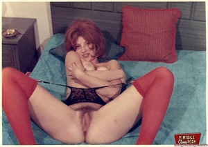 Some horny girls showing their vintage h - XXX Dessert - Picture 1