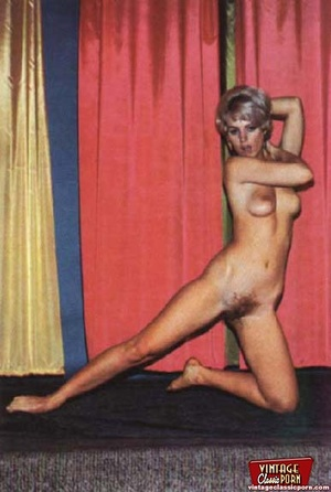 Some horny girls showing their vintage h - XXX Dessert - Picture 8