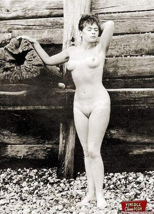 Some real vintage hairy outdoor girls po - XXX Dessert - Picture 6
