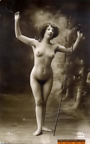 vintage naked babes like