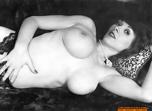 Hairy retro chick with huge breasts suck - XXX Dessert - Picture 5
