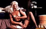 sex starving blonde retro